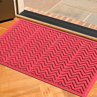 Chevron WATER & DIRT SHIELD™ Mat