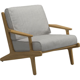 Bay Lounge Chair with Cushion by Gloster