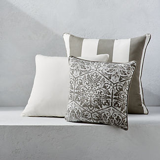 Outdoor Square Pillow with Piping