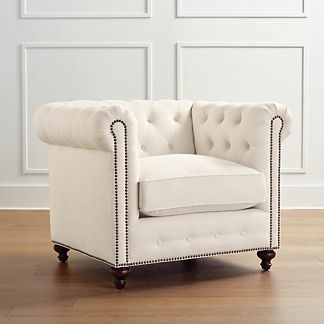 Petite Barrow Chesterfield Upholstered Chair