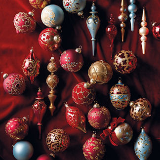 Versailles 60-pc. Ornament Collection