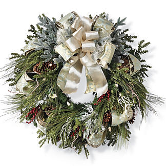 Grand Manor Over the Top Cordless Wreath