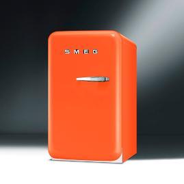 SMEG 50s Style Mini Refrigerator