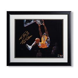 Shaquille O'Neal Signed Dunk Metallic Photo