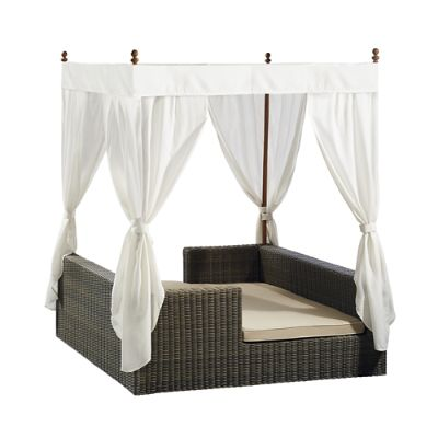 Hyde Park Daybed With Cushions Frontgate