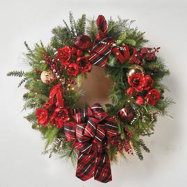 Highland Holiday Pre-Decorated Wreath