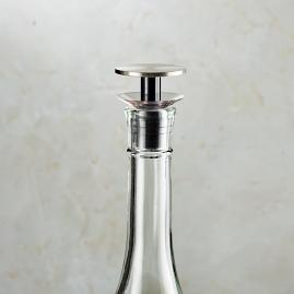 AdHoc Bottle Stopper With Pourer