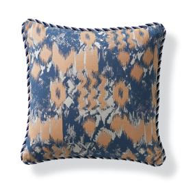 Zahara Chic Outdoor Pillow