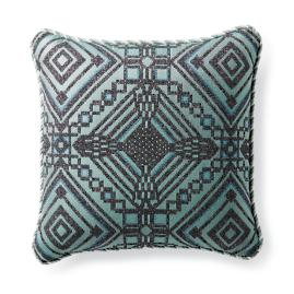 Torrean Diamond Fern Outdoor Lumbar Pillow