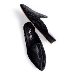Kevyn Wynn Black Velvet Slipper
