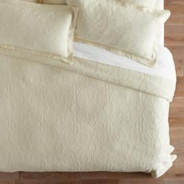 Resort Egyptian Cotton Flourish Matelassé Coverlet