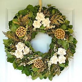 Gold Lotus Wreath