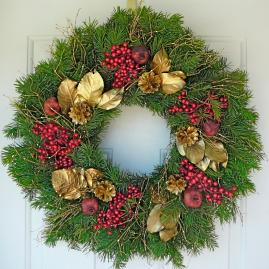 Golden Holidays Wreath