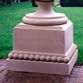 Estate Closter Plinth
