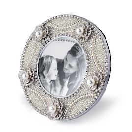 Pearl and Crystal Round Picture Frame