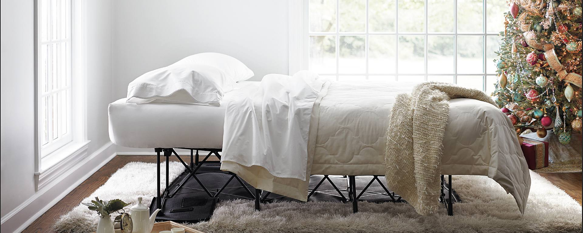 The Best Place for Guests to Rest: Frontgate's EZ Bed