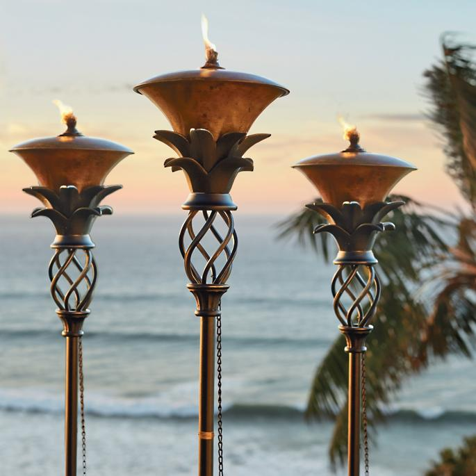 Outdoor Patio Torch Lights: Pineapple Torches