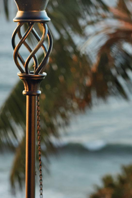 Pineapple torches frontgate for Pineapple outdoor decor