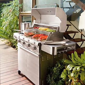 Saber 670 4-Burner Stainless Steel Gas Grill with Cover