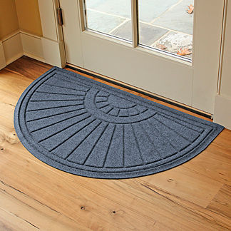 Water & Dirt Shield™ Sunburst Door Mat