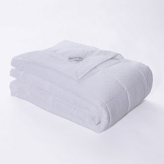 Cotton Jacquard Down Alternative Blanket