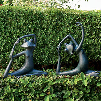Yoga Frog Garden Sculpture