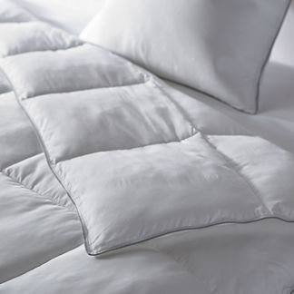 Resort Down Alternative Comforter