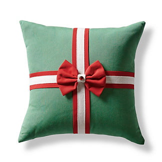 That's a Wrap Indoor/Outdoor Pillow