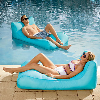 Drift Chaise Float