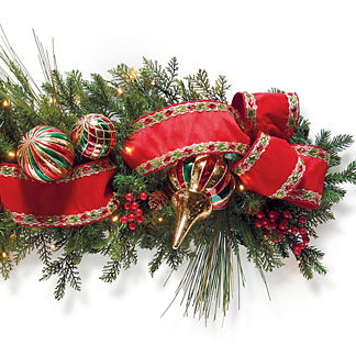 Christmas Celebration Cordless Outdoor 6' Garland