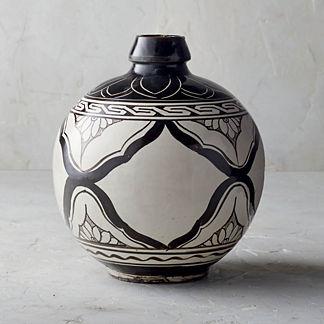 Song Noir Chinoiserie Round Vase