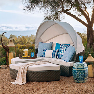 Cadence Daybed in Charcoal Finish