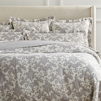 Liliana Duvet Cover