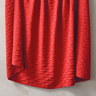 True Red Diamond Cotton Knit Throw
