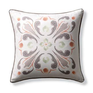 Monroe Medallion Indoor/Outdoor Pillow