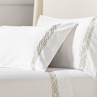 Resort Diamond Trellis Pillowcases