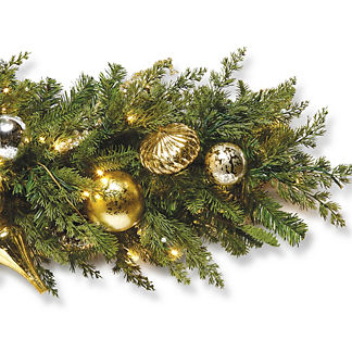 Gold Rush Outdoor Cordless 6 ft. Garland