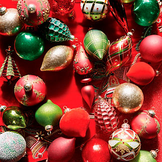 Holiday Tidings 60-piece Ornament Collection