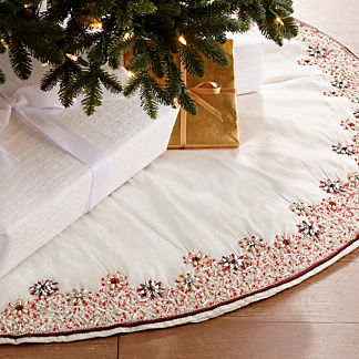 Snowy Christmas Sparkling Crystal Tree Skirt