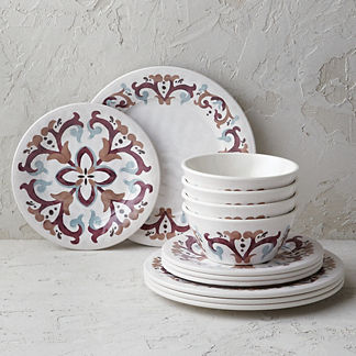 Umie Melamine Dinnerware Collection