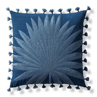 Leny Leaf Decorative Pillow Cover