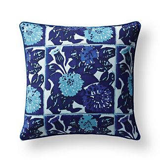 Vicens Tile Indoor/Outdoor Pillow