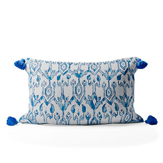 Madura Trellis Tasseled Lumbar Indoor/Outdoor Pillow