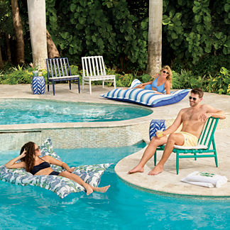 Naia Pillow Pool Lounger