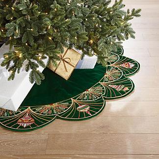 Scalloped Ornament Tree Skirt