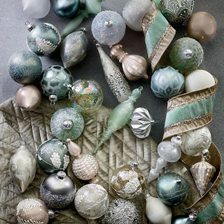 Frosted Nights 60-piece Ornament Collection