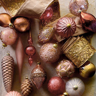 Champagne Holiday 40-piece Ornament Collection