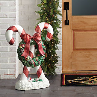 Candy Canes with Wreath