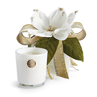 Lux 14oz Candle In Holiday Gift Box White Christmas