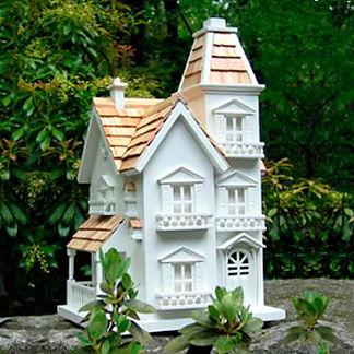 Manor Birdhouse